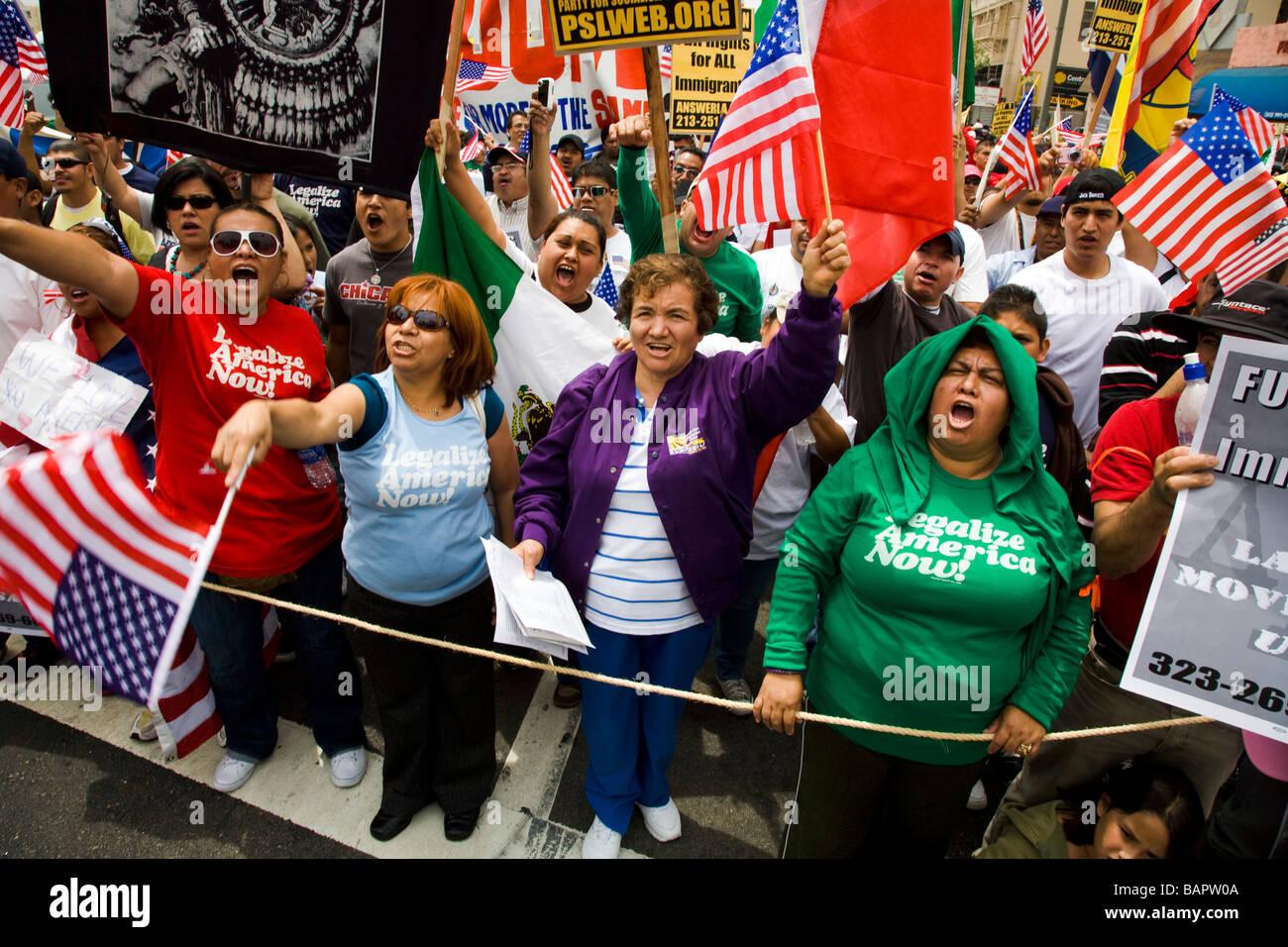 May Day Protest 01.05.2009 im Olympic Blvd und Broadway Downtown Los Angeles California Vereinigte Staaten von Amerika Stockbild