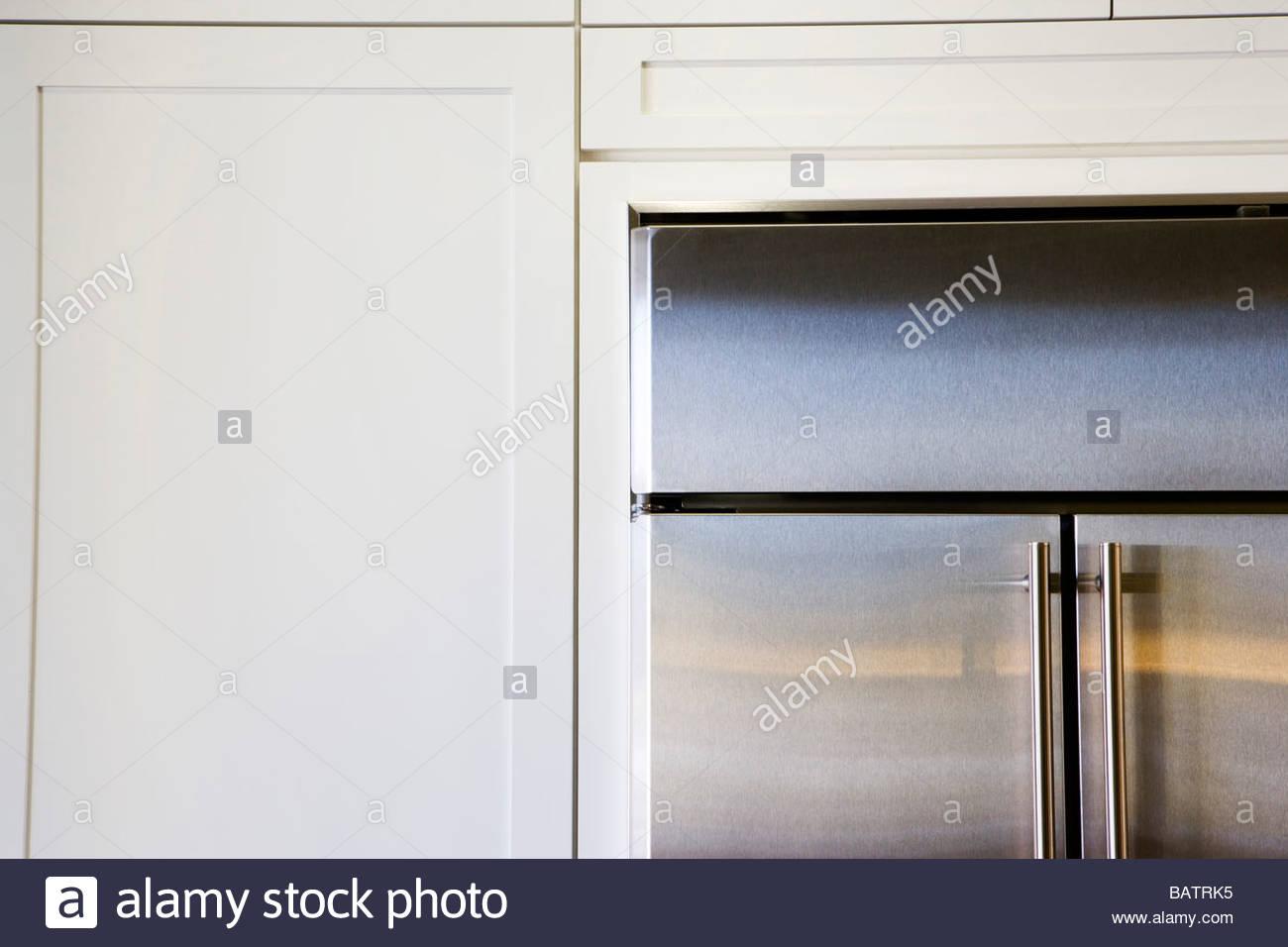 Kühlschrank Edelstahl : Edelstahl kühlschrank und schränke stockfoto bild: 23902345 alamy