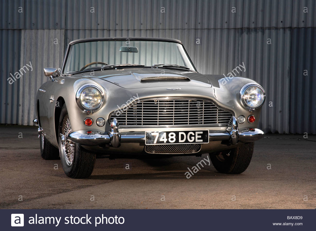 Aston Martin DB4 Cabrio Stockbild