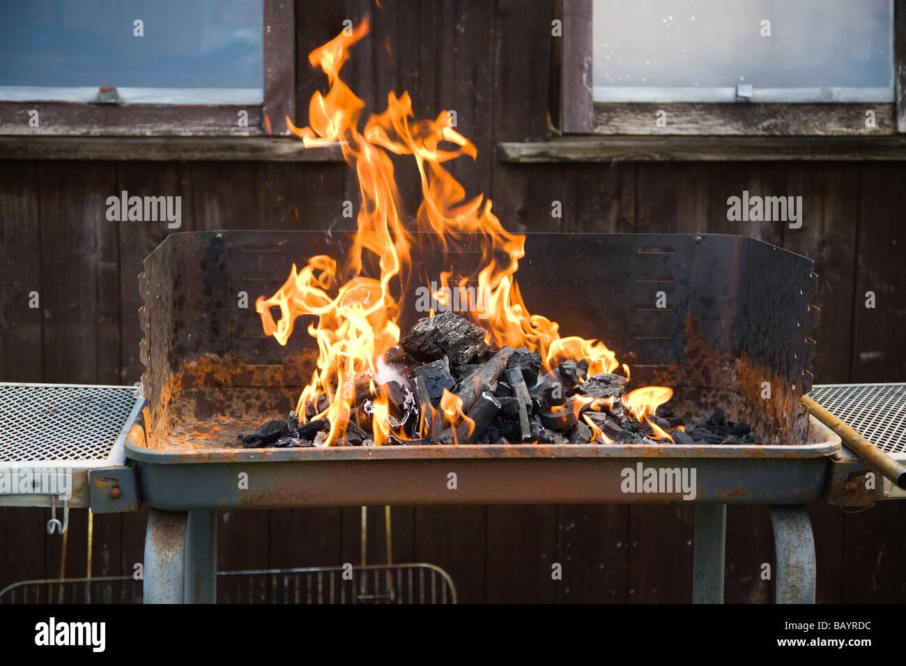 Gas Oder Holzkohlegrill Yorkshire : Barbeque uk stockfotos & barbeque uk bilder alamy