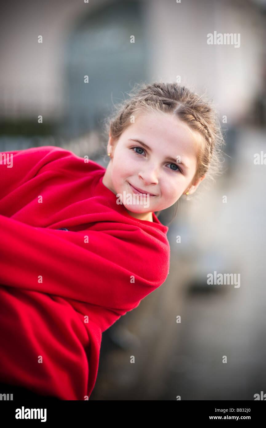 Glücklich Lächelnd Hübsche Junge 0910 Elf Jahre Altes Mädchen Kind