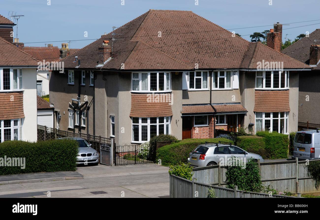 Typische 30er jahre doppelhaush lfte in uk stockfoto bild 24103481 alamy - Gartengestaltung doppelhaushalfte bilder ...