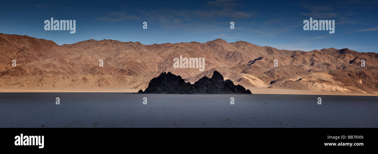 Panoramablick von der Tribüne in der Nähe von The Racetrack in Death Valley Nationalpark Kalifornien USA Stockbild