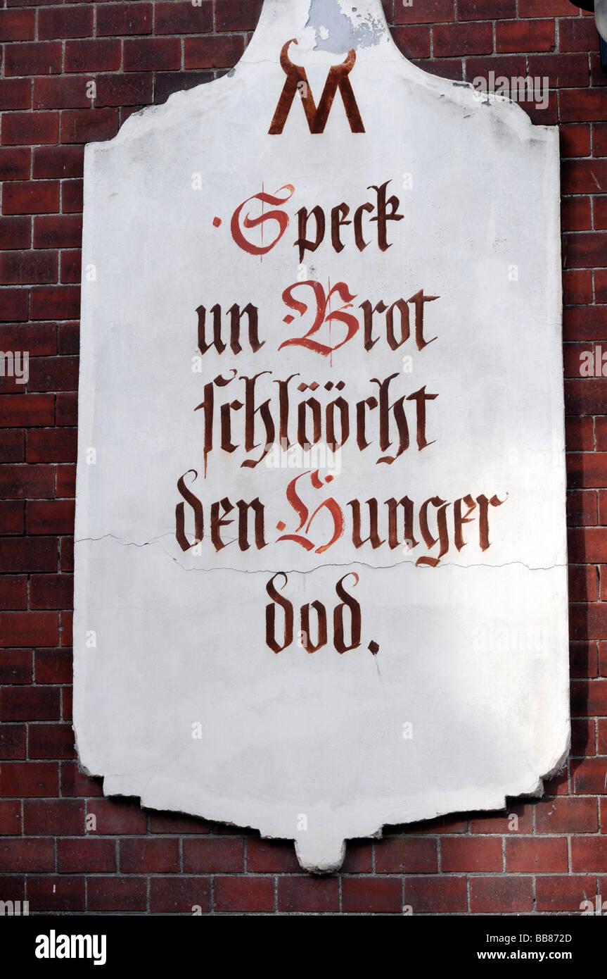 Melden Sie sich in der Altstadt von Schwerin, Mecklenburg-Western Pomerania, Deutschland, Europa Stockbild