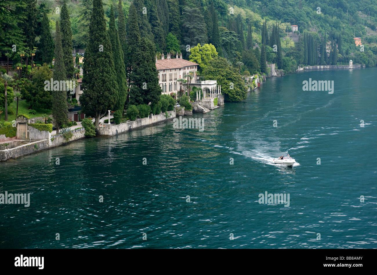Verlassenes Hotel Am See Italien