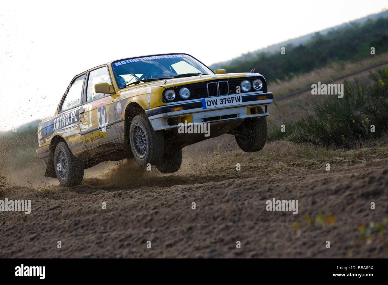 Bmw 318is Jumping, Lausitz Rallye, Motorsport, Sachsen, Deutschland, Europa Stockbild