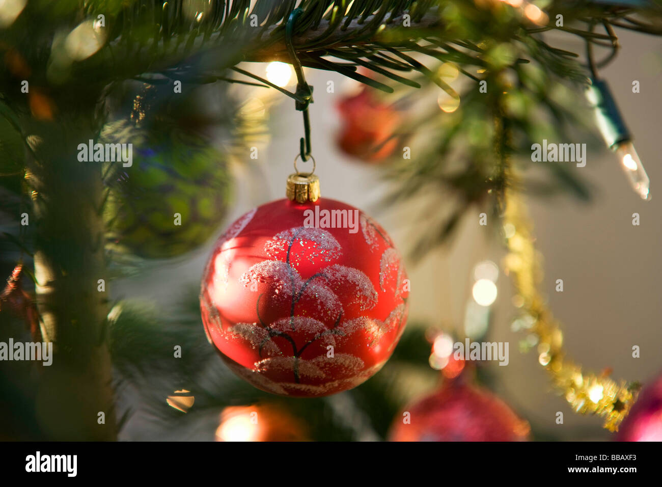weihnachtsbaum dekoration stockfoto bild 24211911 alamy. Black Bedroom Furniture Sets. Home Design Ideas