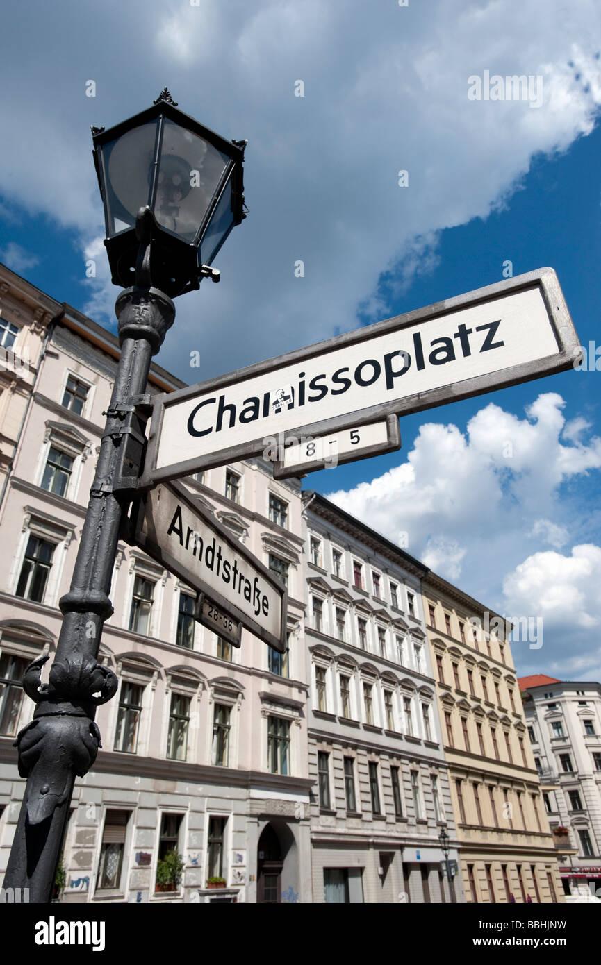 Historische Gebäude in Chamissoplatz in Kreuzberg Berlin Stockbild