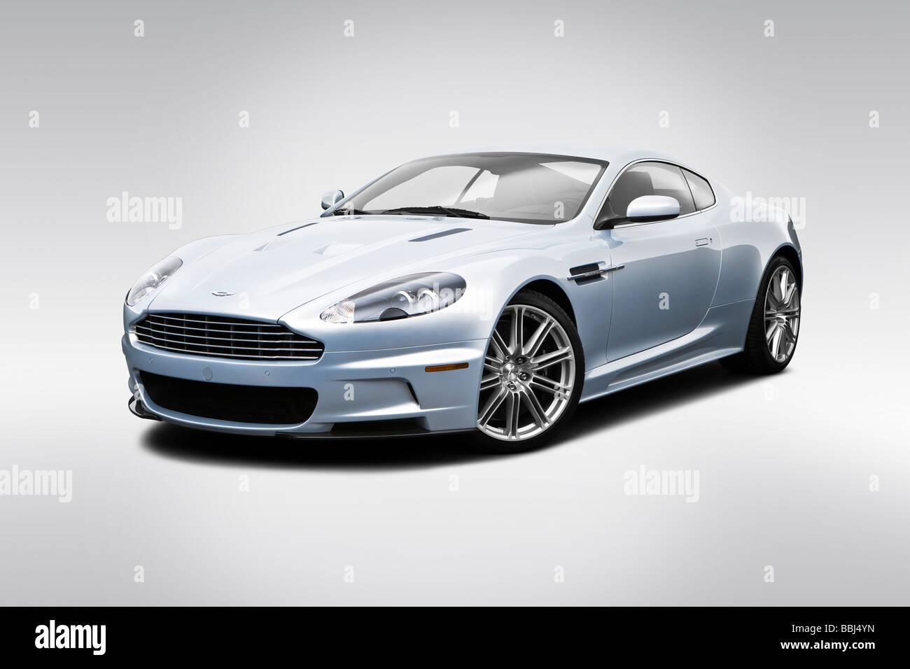 Drehen Sie 2009 Aston Martin DBS in Silber - Front Ansicht Stockbild