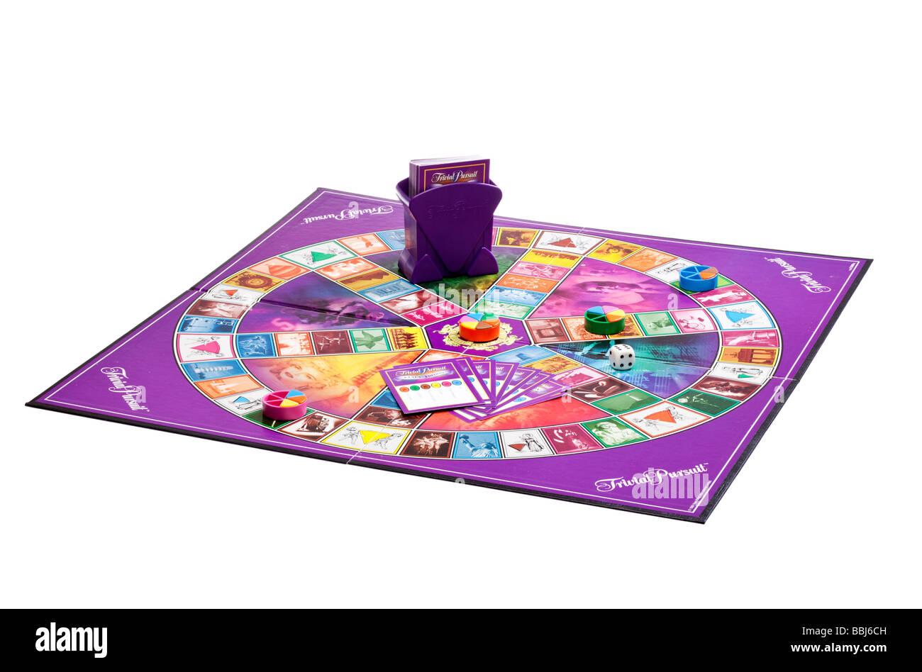 Trivial Pursuit Brettspiel mit Stücken Stockbild