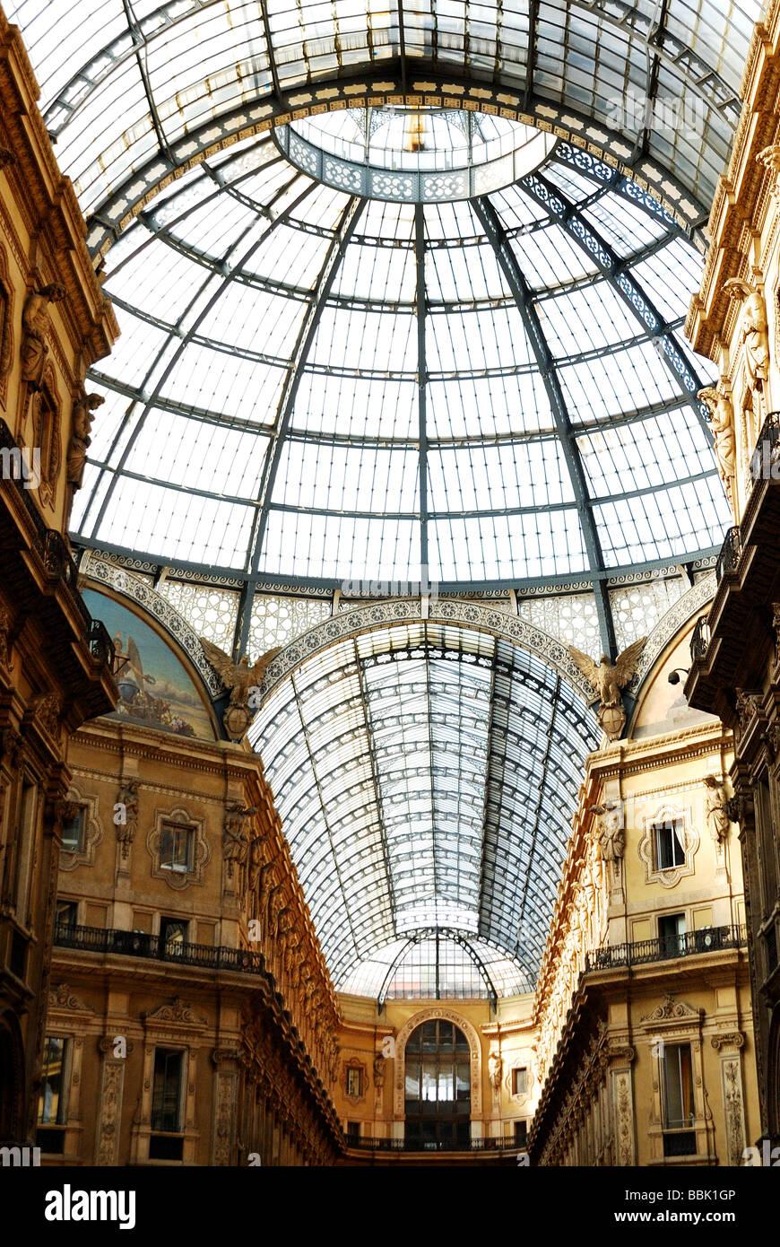 Milano, berühmten Galleria Vittorio Emanuele II Stockbild