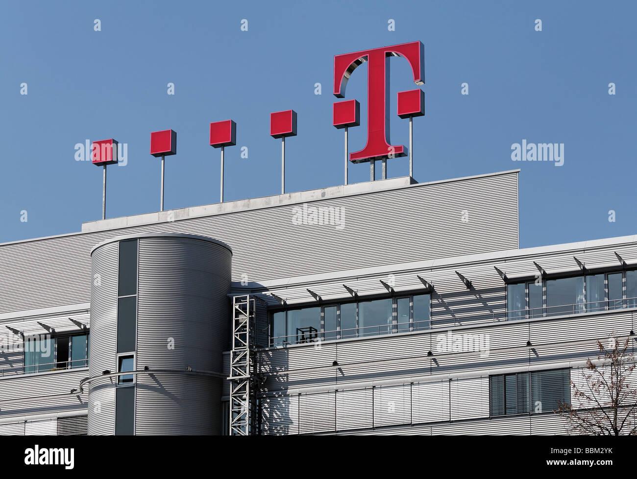 Deutsche Telekom Logo Auf Dem Gebäude Der Konzernzentrale Bonn