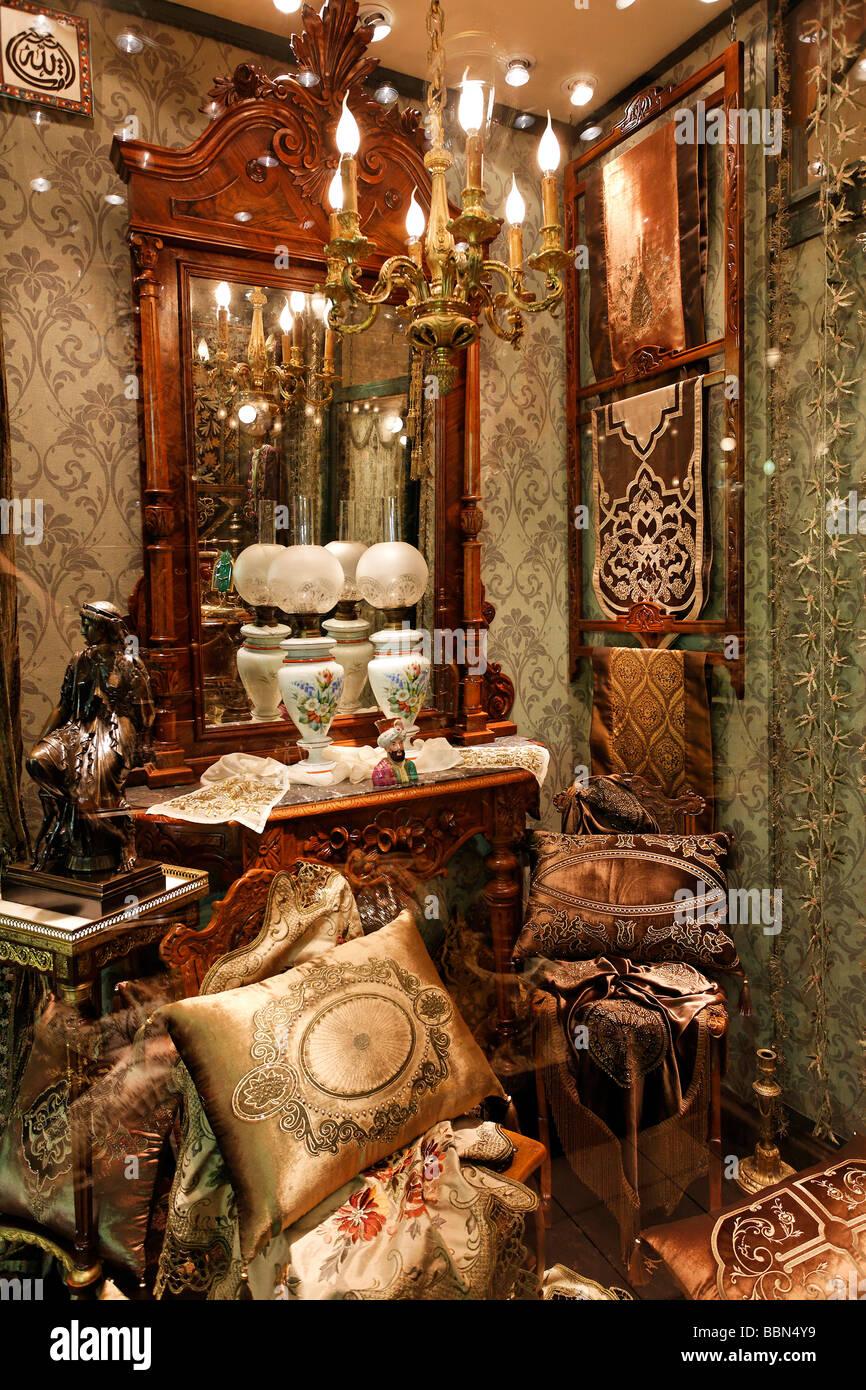 Antiquit ten shop mit osmanischen stil m bel und for Wohnaccessoires shop