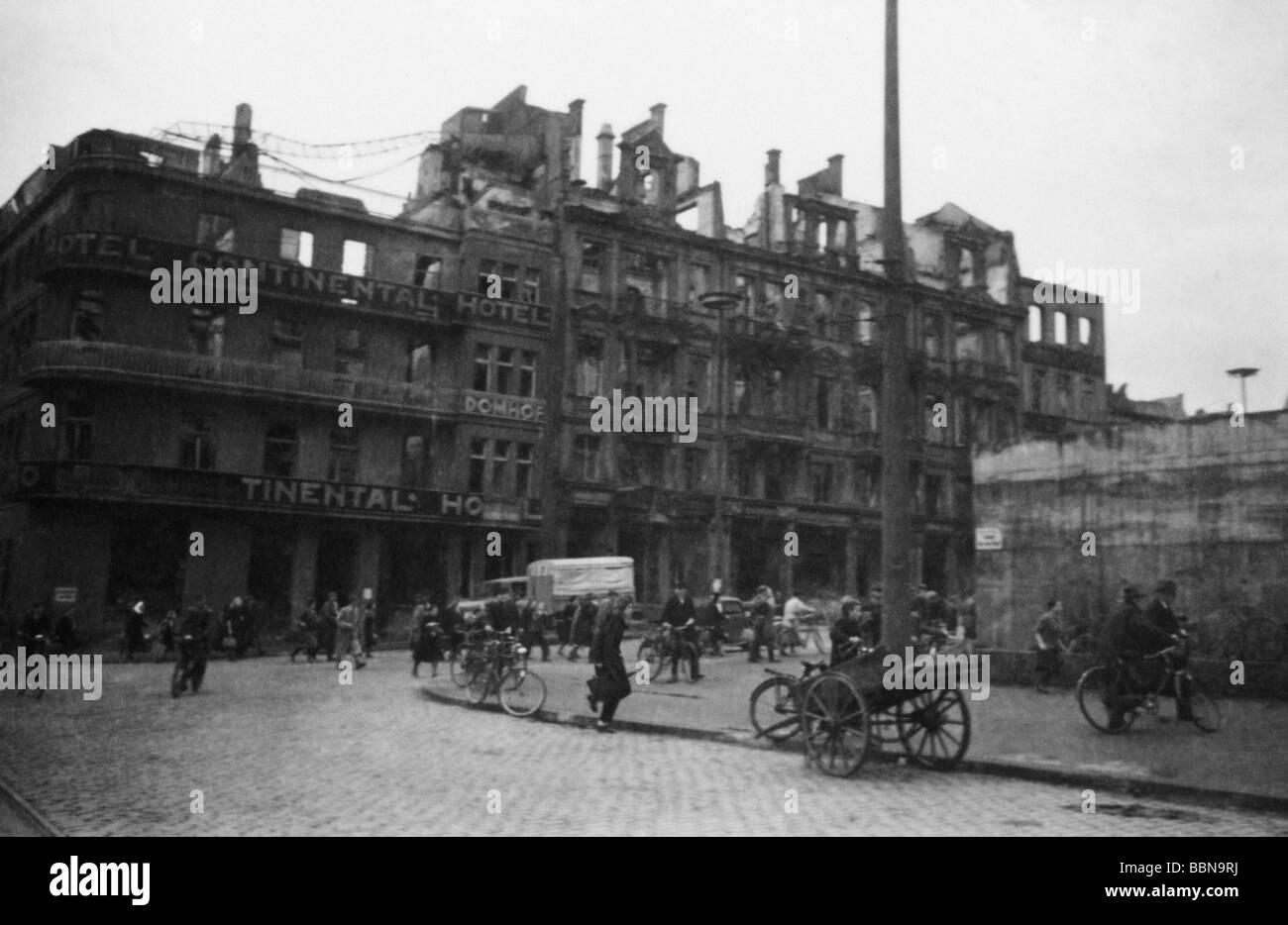 Ereignisse, Zweiter Weltkrieg/Zweiter Weltkrieg, Luftkrieg, Deutschland, Straßenszene in Köln nach einem alliierten Stockfoto
