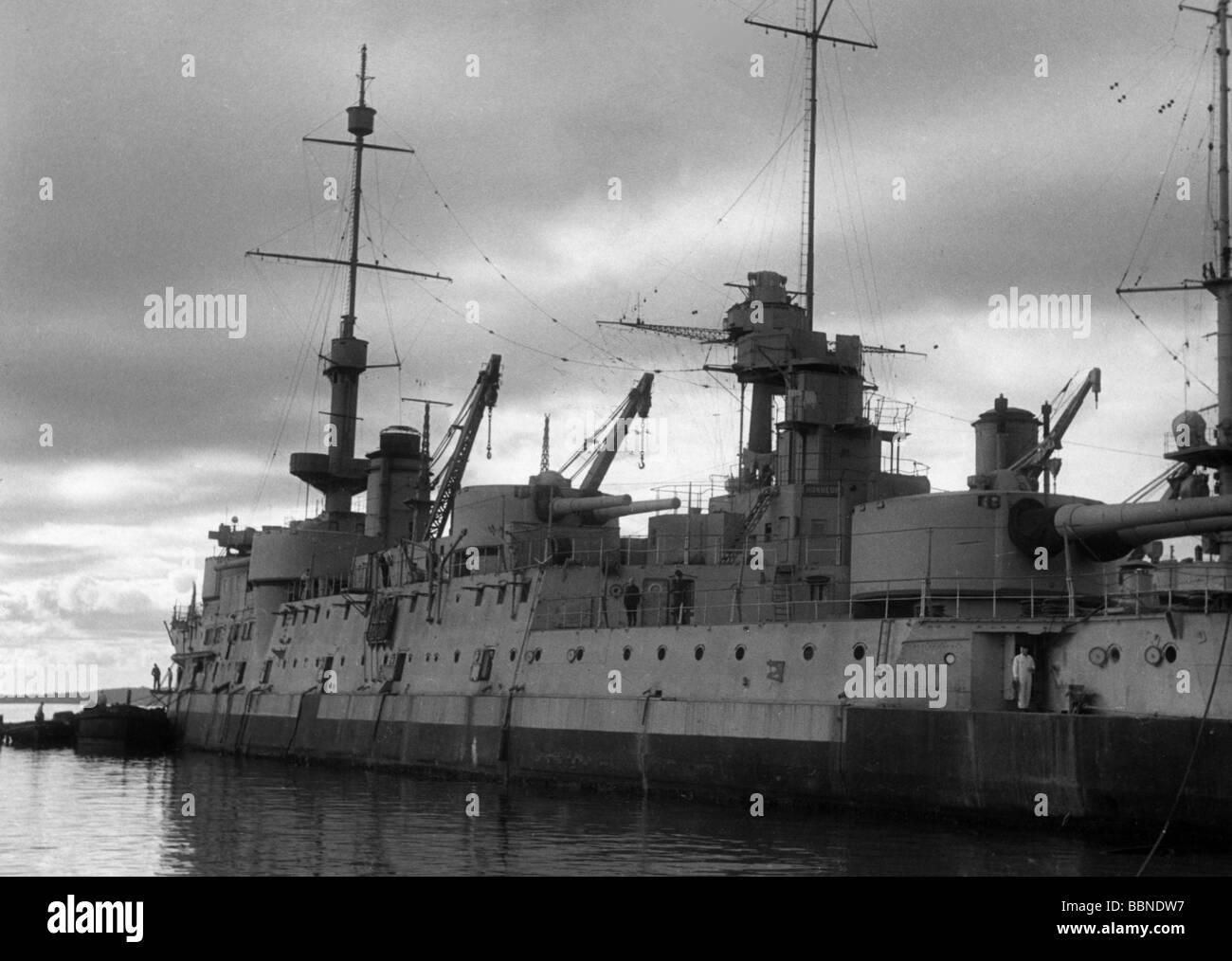 Veranstaltungen, Zweiten Weltkrieg/WWII, Frankreich, Versenkung der französischen Flotte in Toulon, 27.11.1942, Stockbild