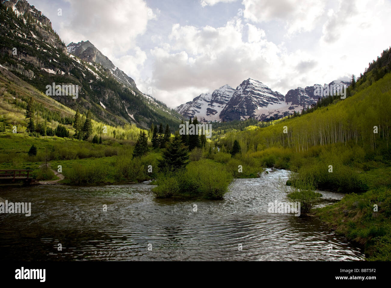 Maroon Lake North & Süden Maroon Gipfeln Maroon Bells Snowmass Wildnis Bereich White River National Forest Stockbild