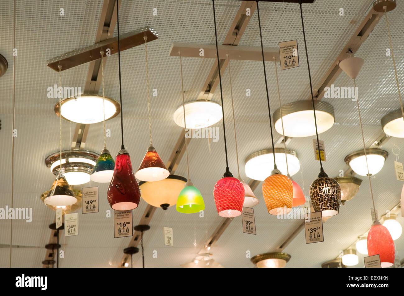 Lowes Store Interior Stockfotos & Lowes Store Interior Bilder - Alamy