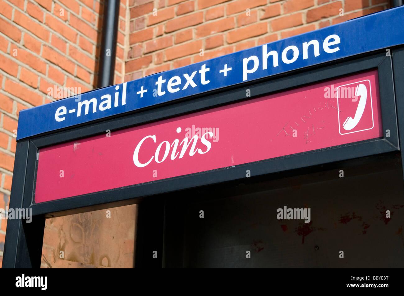 VEREINIGTES KÖNIGREICH. British Telecom-Kabine. BT ist offizieller Sponsor der Olympischen Spiele 2012. London, Stockbild