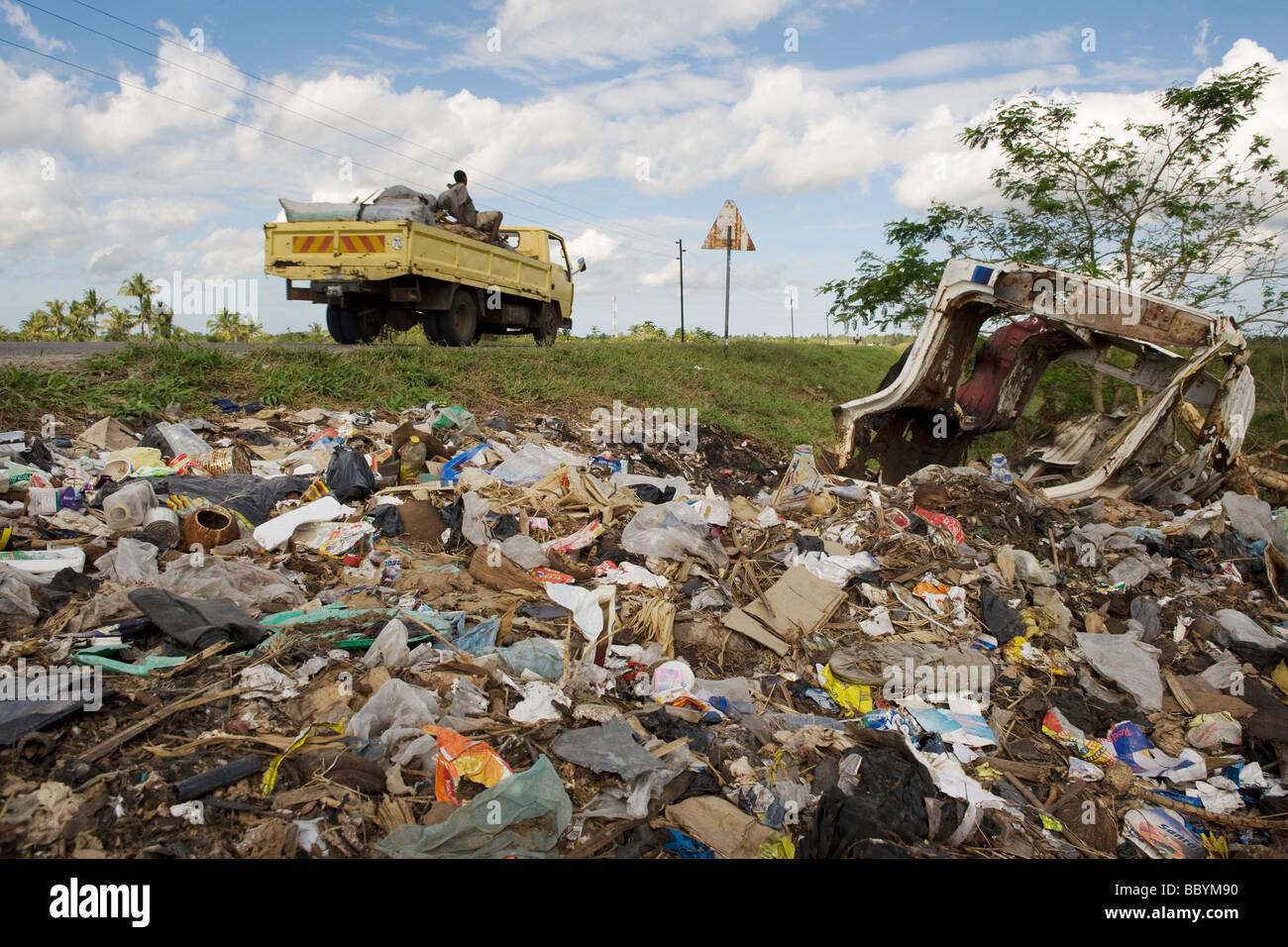 Eine Müllkippe am Rande von Quelimane Mosambik Stockbild