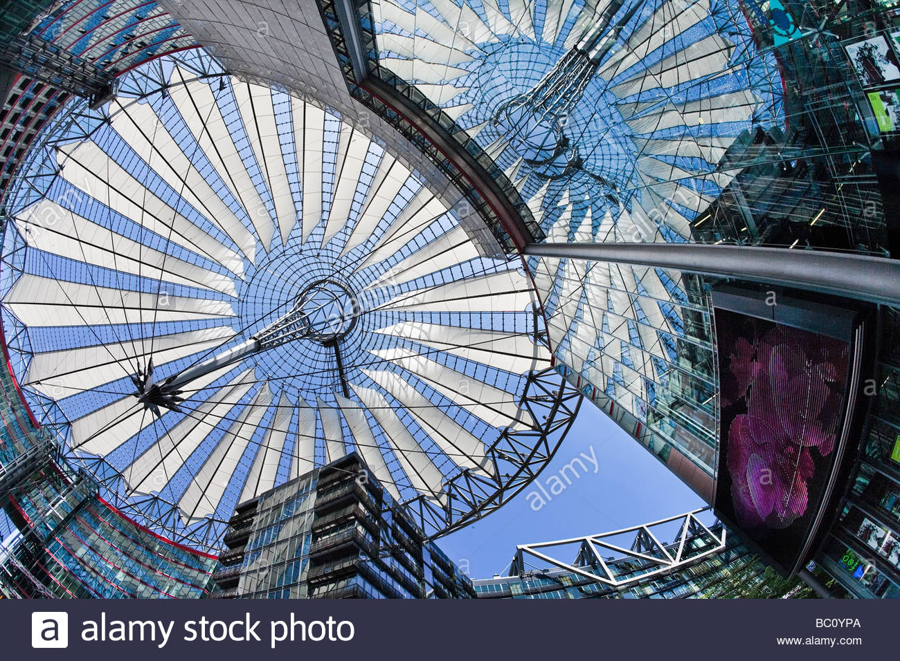 Glas Dach, Sony-Center, Berlin, Deutschland Stockbild