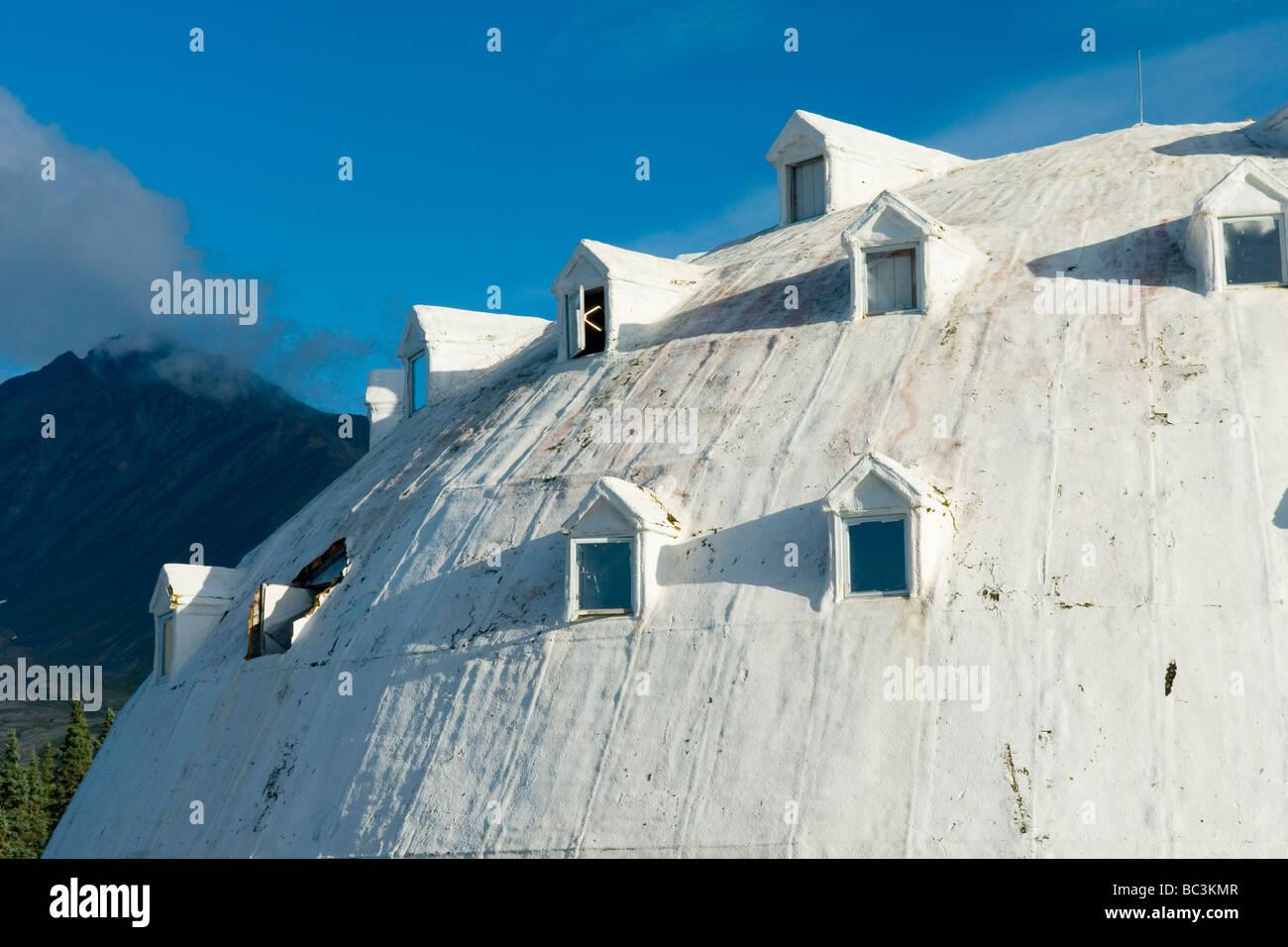 Iglu-Dorf-Tankstelle-Alaska Stockbild
