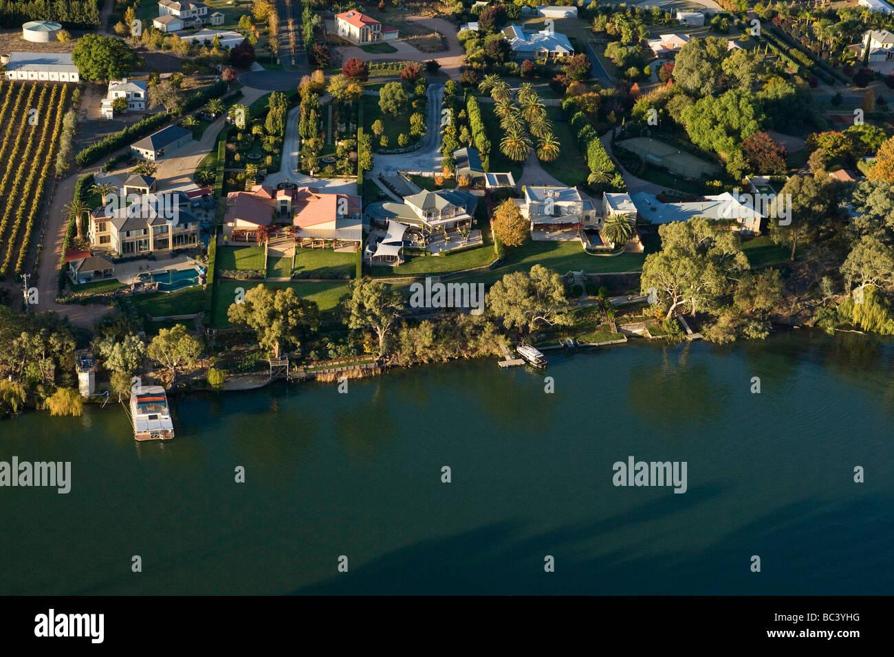 Ufergegendhäuser bei Gol Gol ein Einkaufszentrum Stadt in New South ...