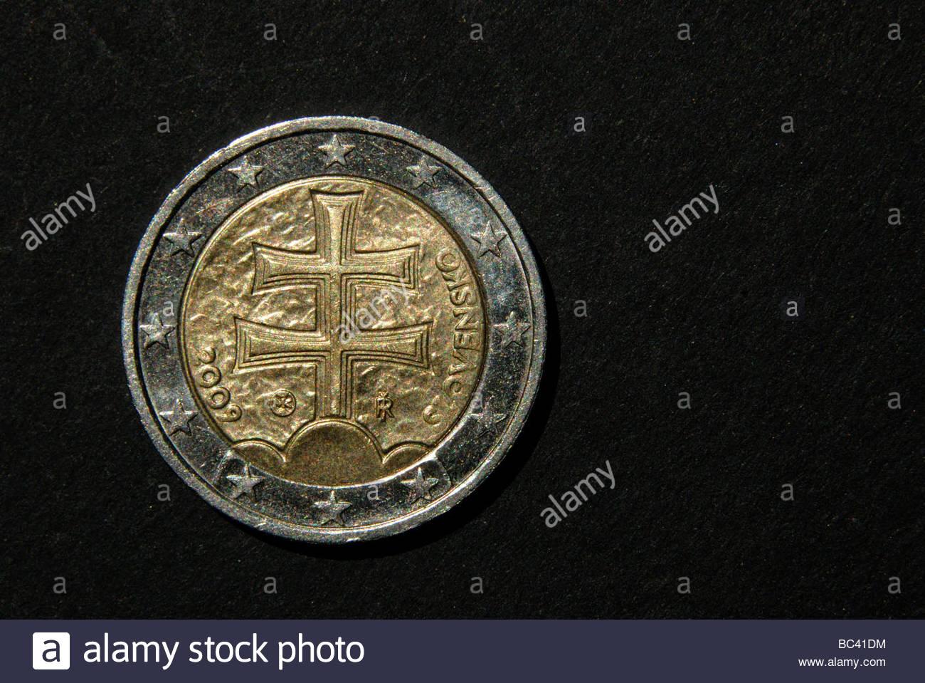 Slowakische 2 Euro Münze Stockfoto Bild 24675216 Alamy