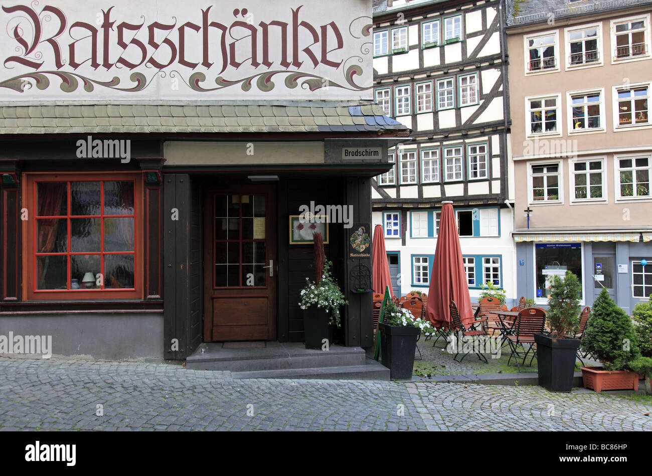 Kleines Restaurant in der Altstadt von Wetzlar Deutschland Stockfoto ...