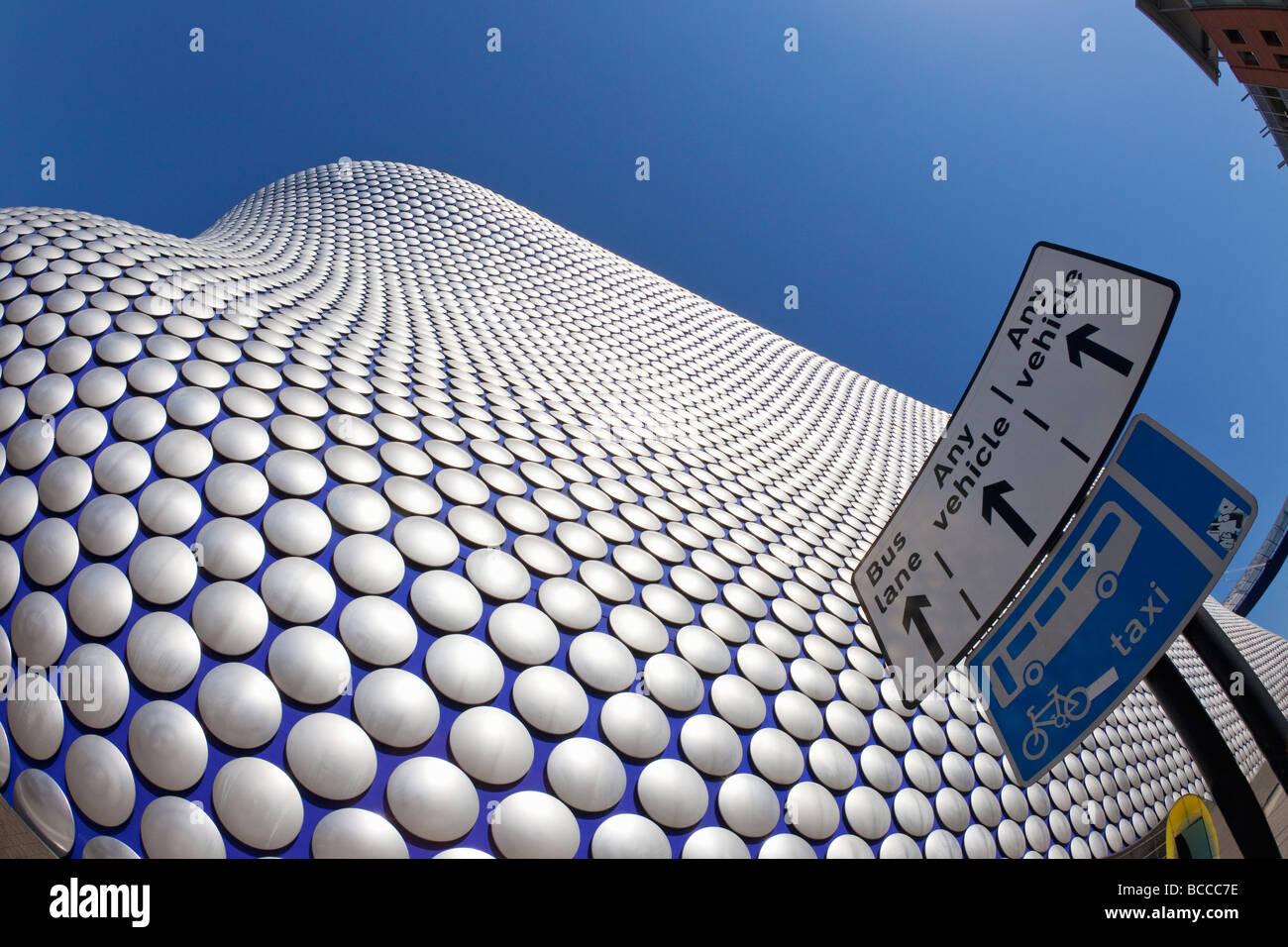 Verkehrsschilder außen Selfridges Gebäude in der Birmingham Bullring West Midlands England UK United Kingdom Stockbild