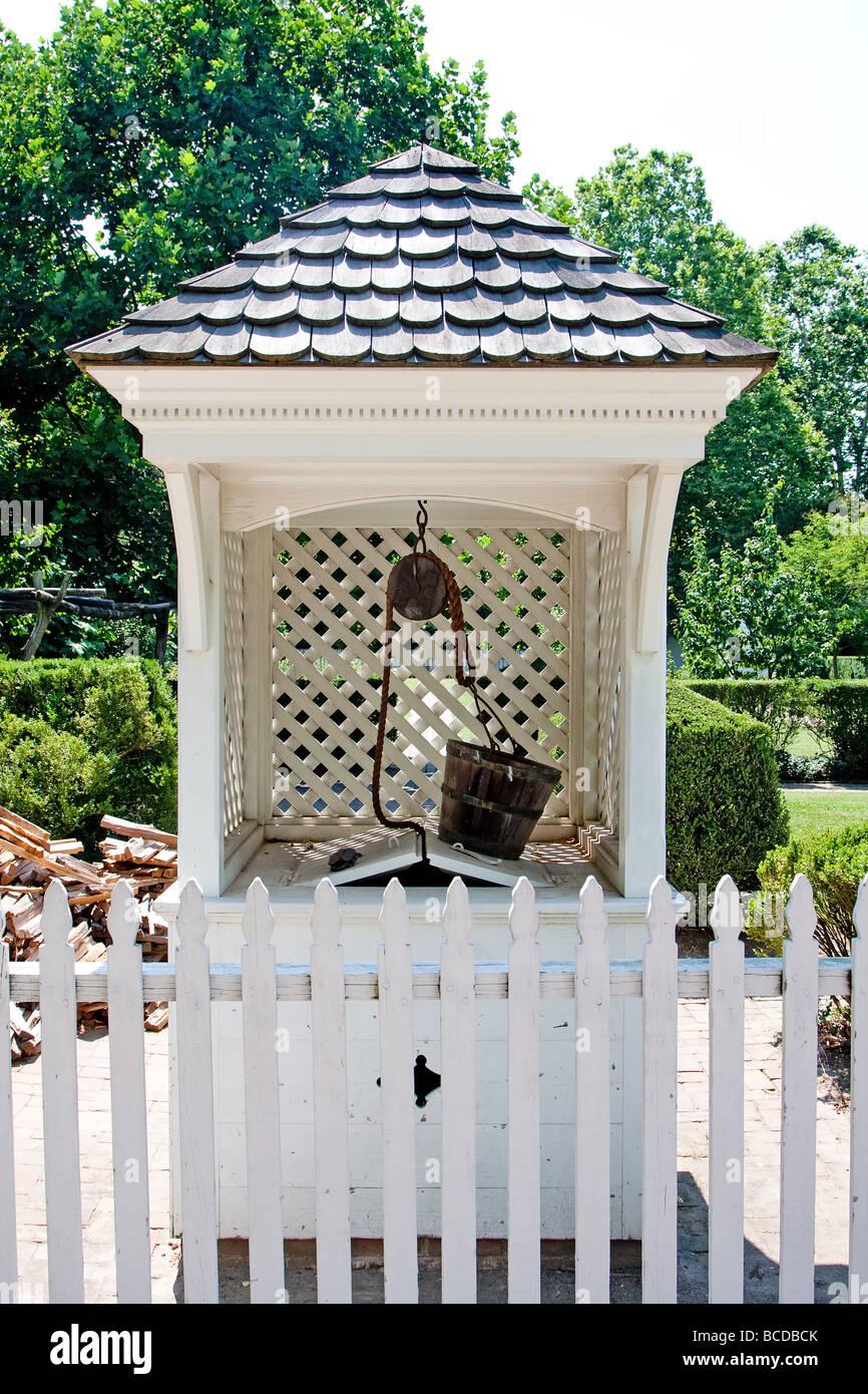 Wunschbrunnen Wasser im Kolonial-Stil Stockbild