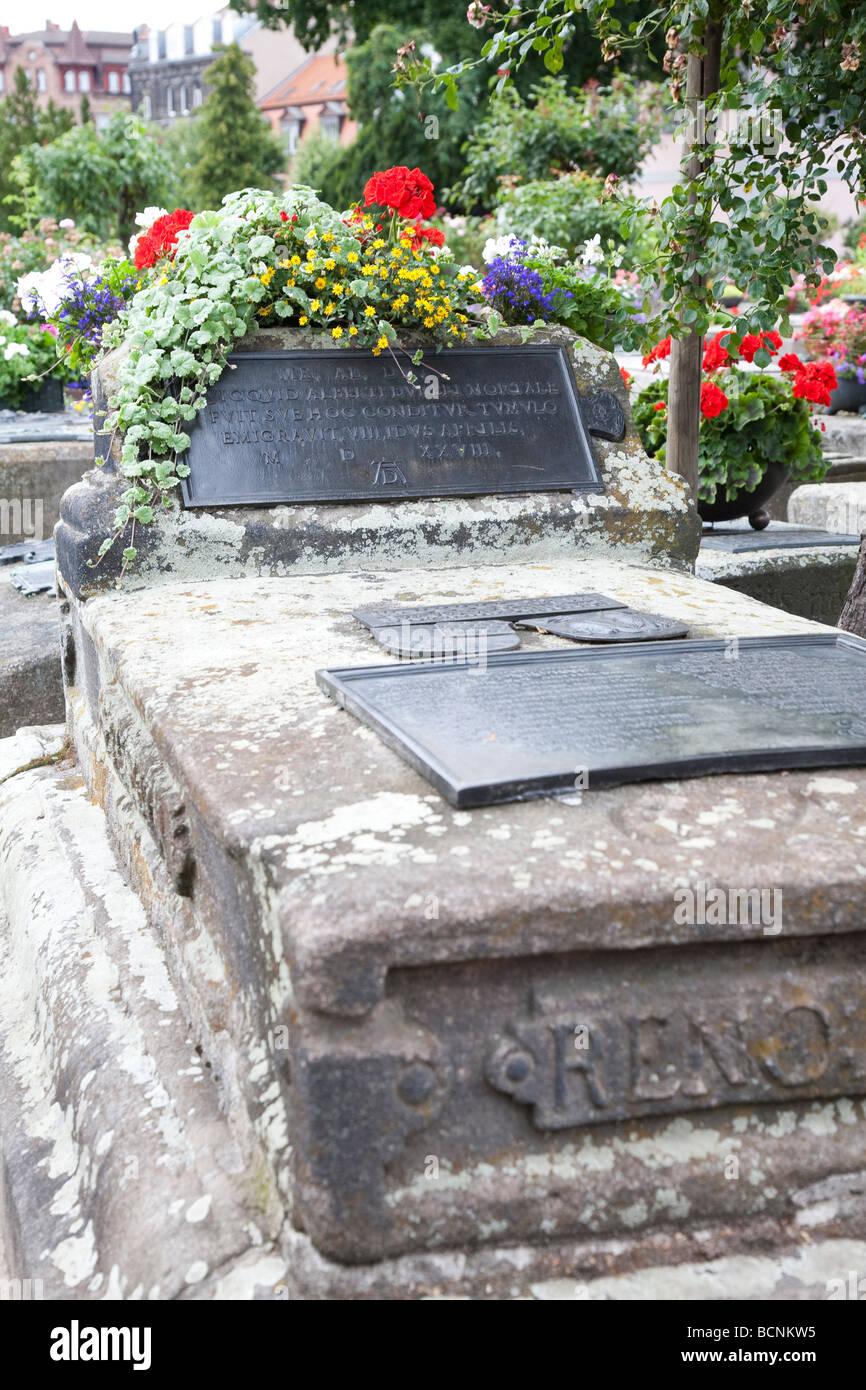 Albrecht Dürer Grab Johannisfriedhof Nürnberg Franken Deutschland Bayern Stockbild
