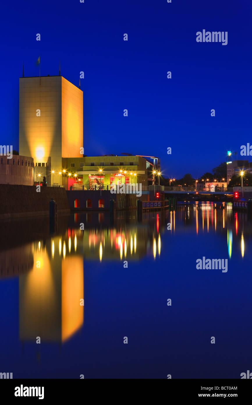 Groninger Museum zur blauen Stunde, Groningen, Niederlande Stockfoto