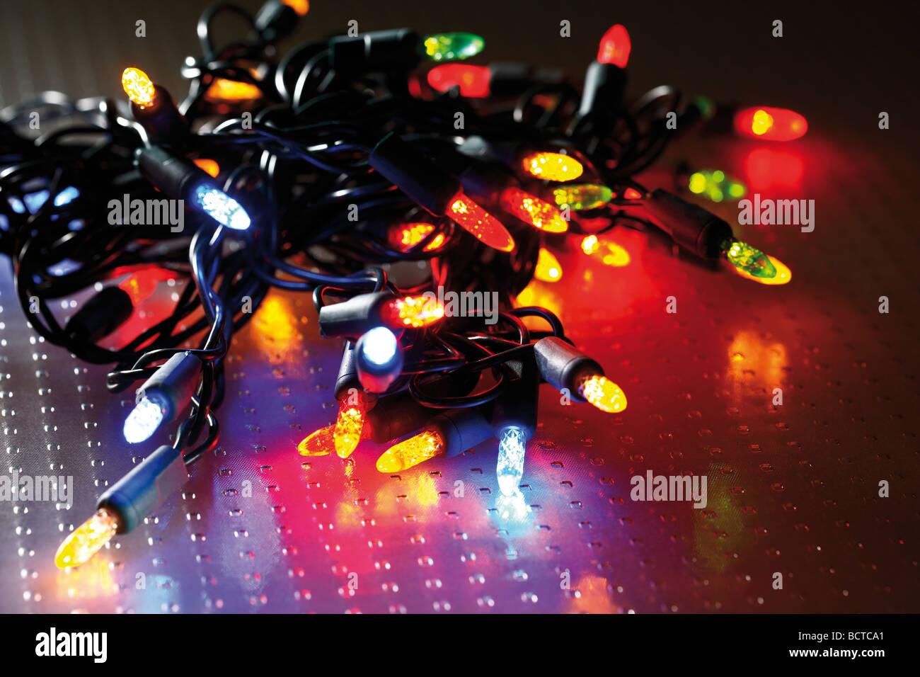 bunte lichterkette weihnachtsbeleuchtung stockfoto bild. Black Bedroom Furniture Sets. Home Design Ideas