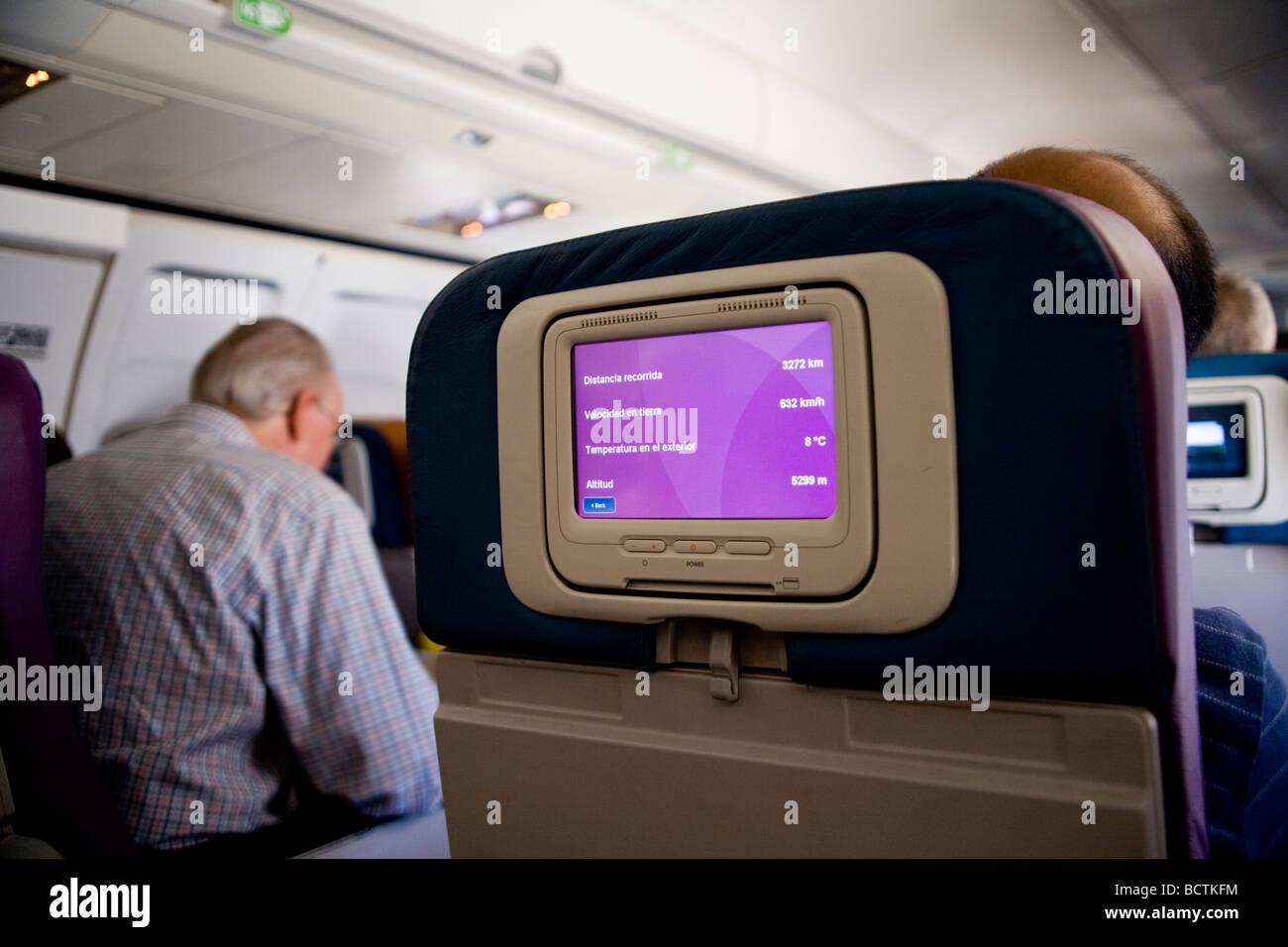 Persönliche Video Monitor Auf Rückseite Des Coach Class Sitz Der