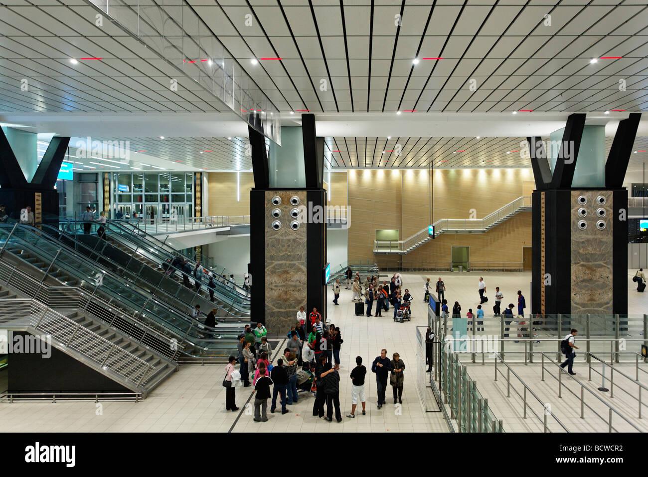 Handgepäck zu kontrollieren, Halle, O R Tambo International Airport, Johannesburg, Südafrika, Afrika Stockbild