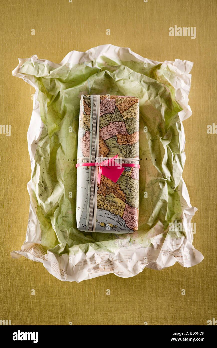 Geschenk oder wird ausgepackt Stockbild