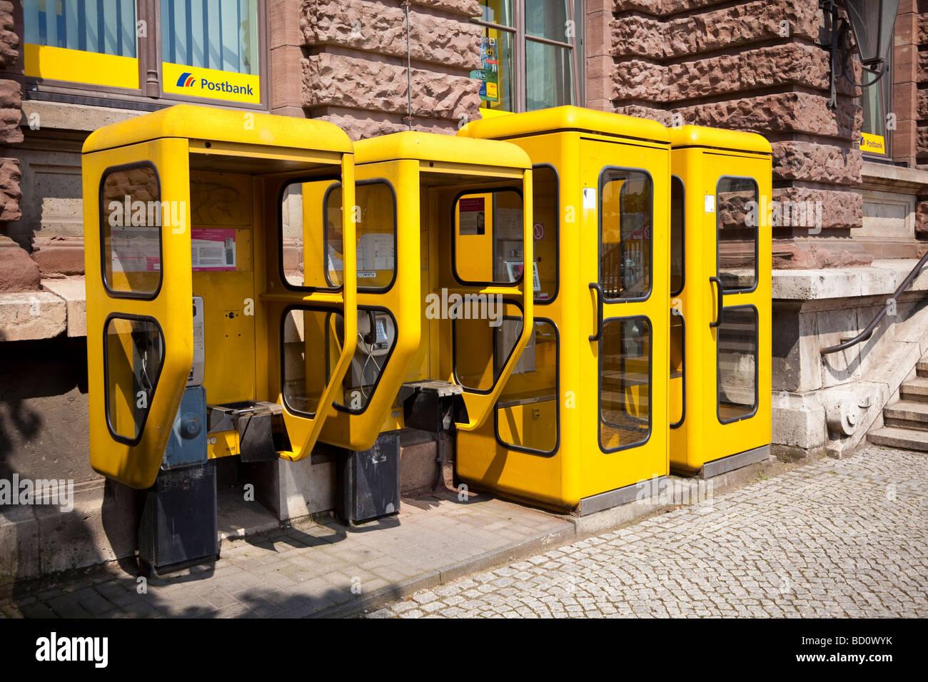 Reihe von Telefonzellen Boxen Deutschland, Europa Stockbild
