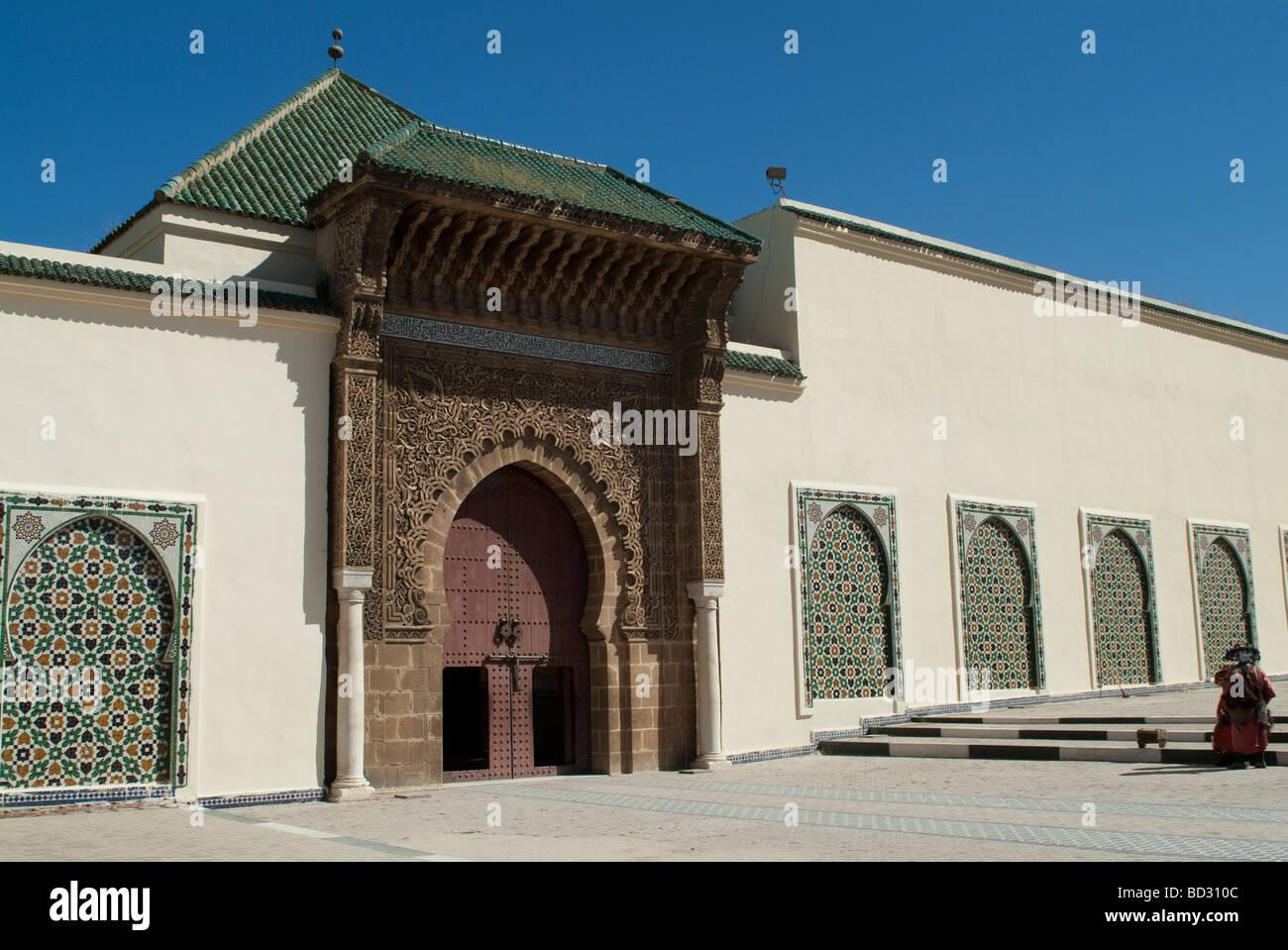Fassade und Eingang Tor des Mausoleum von Moulay Ismail Meknes Marokko Stockfoto