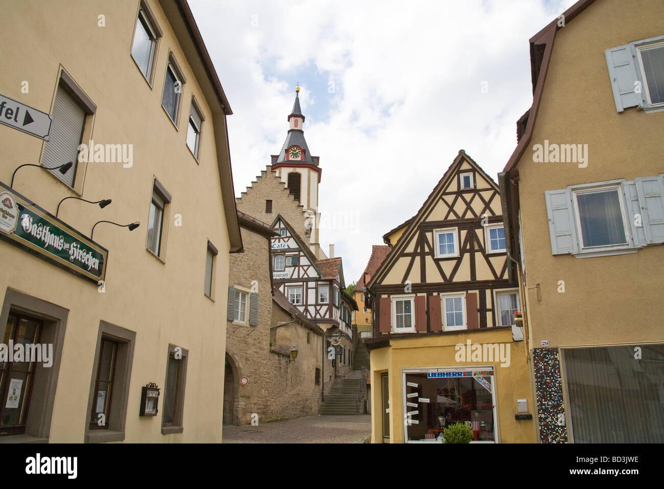 Creglingen Baden-Württemberg Deutschland EU nachschlagen Schritte der 13thc-Stadt-Kirche mit ihrem markanten Stockbild
