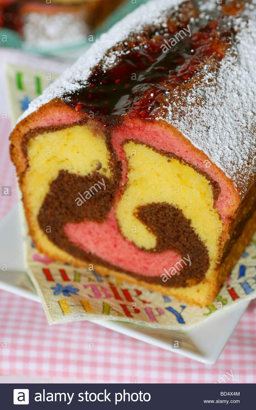 Dreifarbige Marmorkuchen Fur Kindergeburtstag Stockfoto Bild