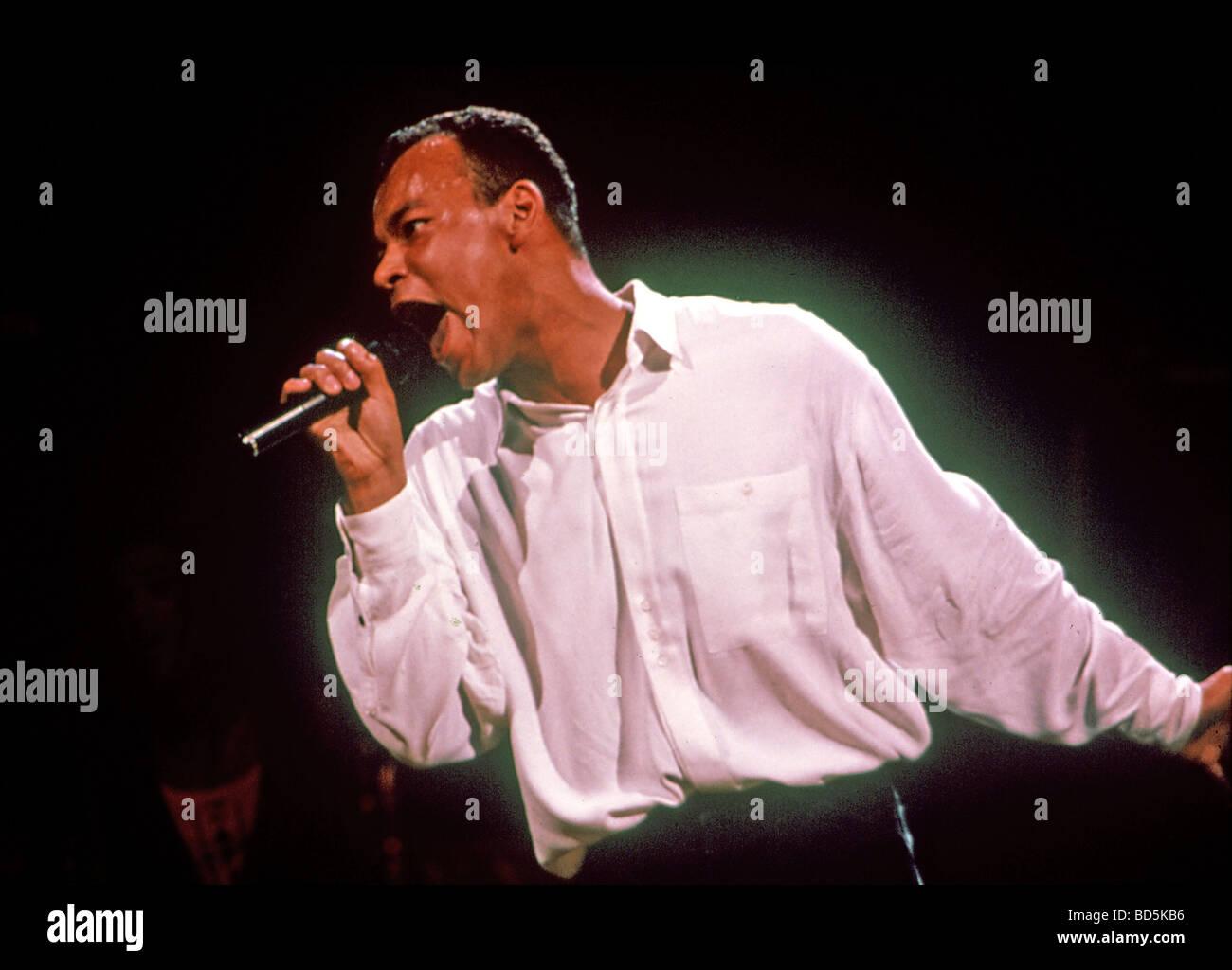 ROLAND GIFT-Sänger mit den Fine Young Cannibals-pop-Gruppe über 1989 Stockbild