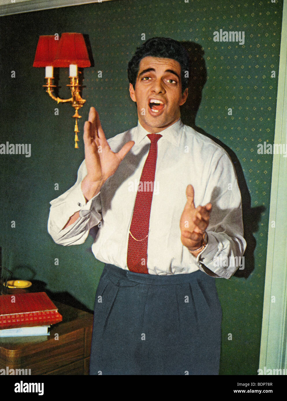 FRANKIE VAUGHAN - UK-Pop-Sängerin über 1955 Stockbild
