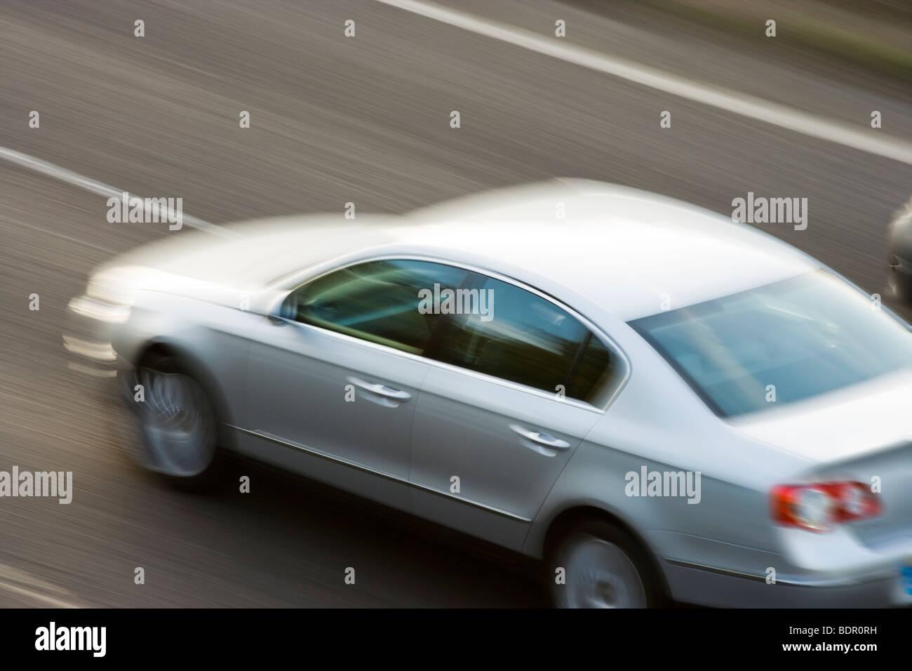 Auto auf der Autobahn. UK Stockbild