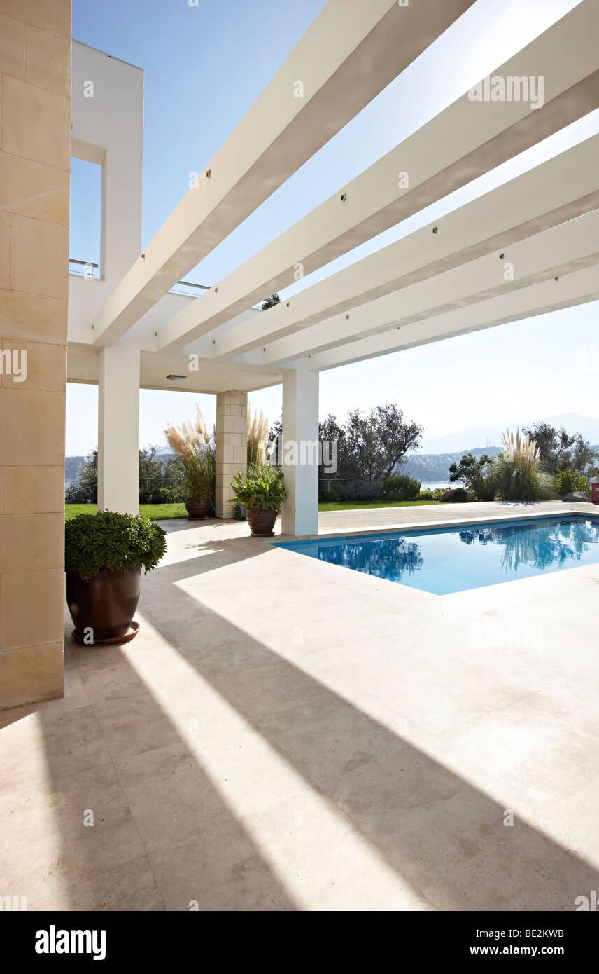 Pool Sandstein Terrasse Schatten Stockfoto Bild 25875063 Alamy