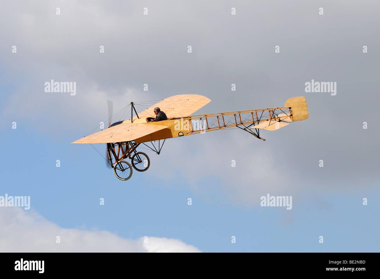Nachbau des legendären Bleriot XI La Manche, Europas größten Treffen der Oldtimer-Flugzeuge bei Hahnweide, Stockbild