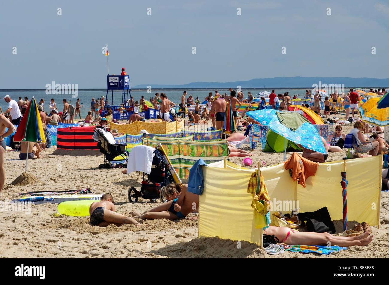 Menschen Am Strand Von Swinemunde Swinoujscie Insel Usedom