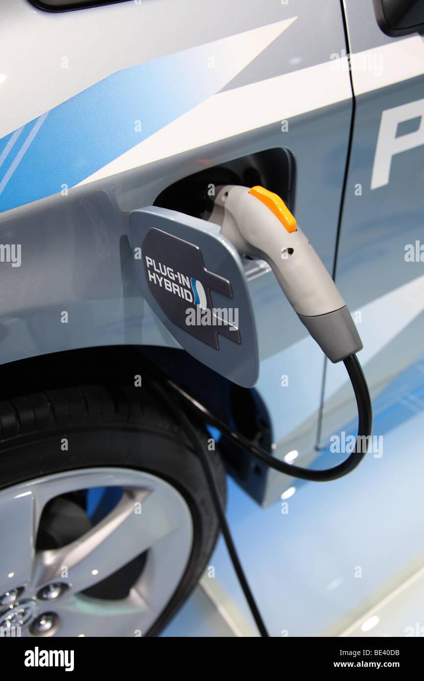 63. internationalen Automobil-Ausstellung (IAA): Elektro-Adapter von einem Toyota Pkw mit Hybride Antrieb Stockfoto