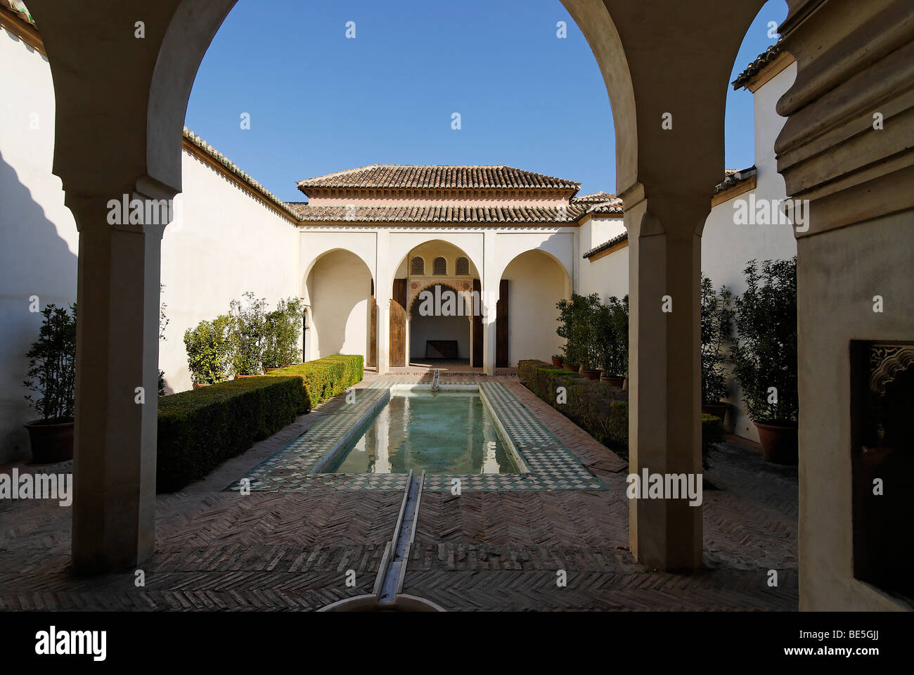 Patio De La Alberca, Alcazaba Burg, Malaga, Andalusien, Spanien, Europa Stockbild