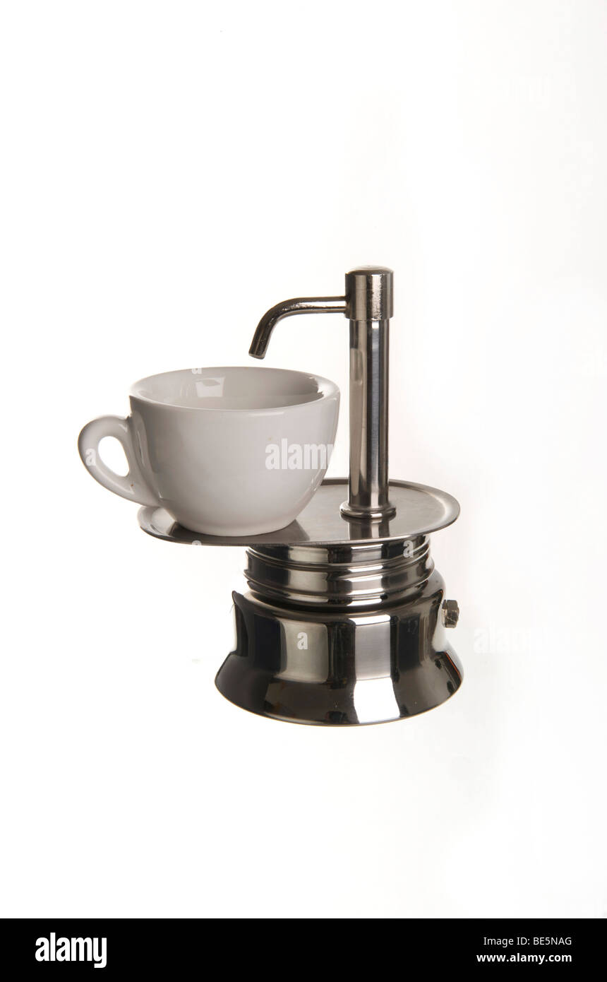 Espressokocher Fur Den Herd Mit Einer Steckdose Und Espresso Tasse