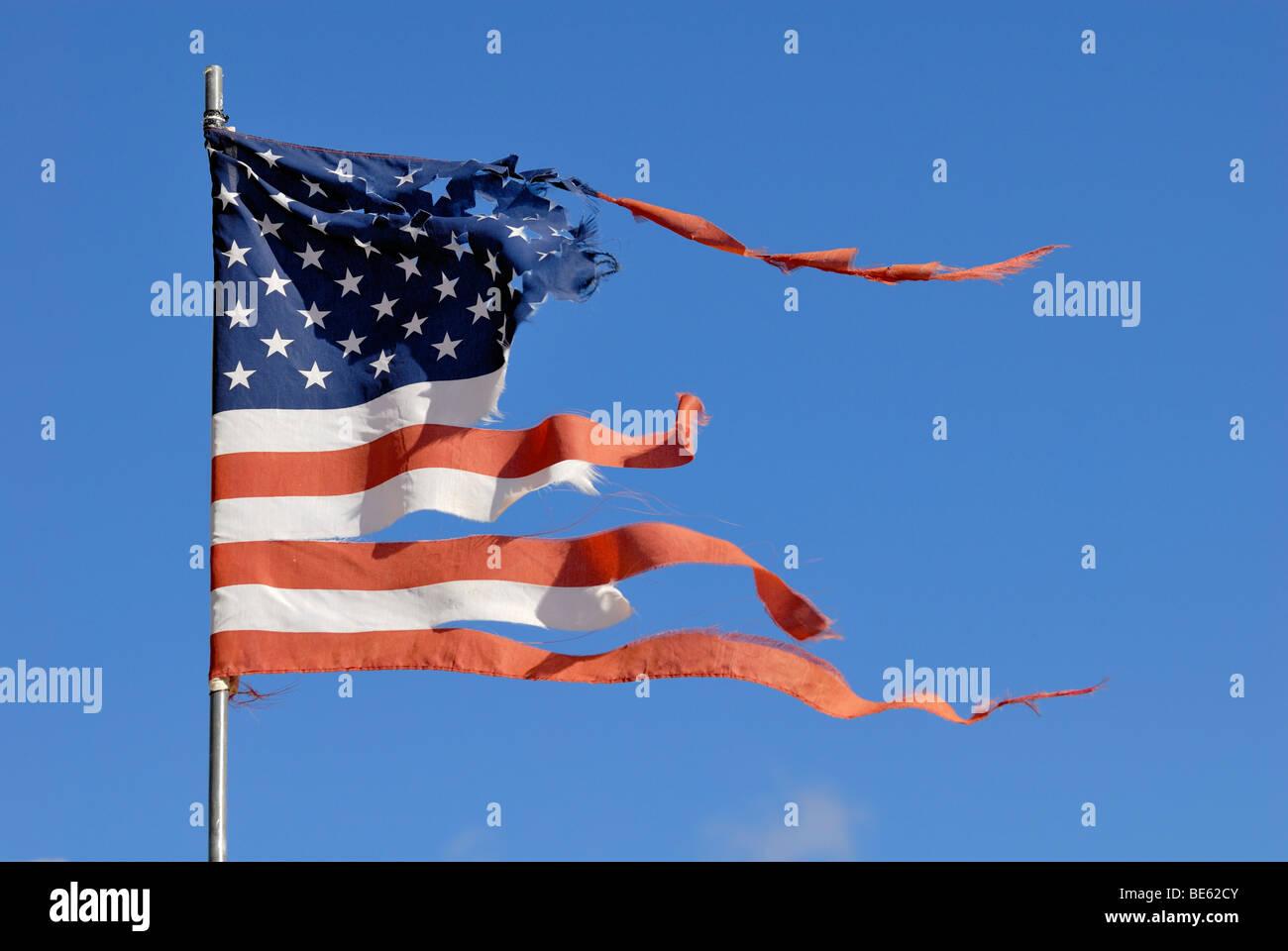 Usa American Torn Flag Stockfotos & Usa American Torn Flag Bilder ...